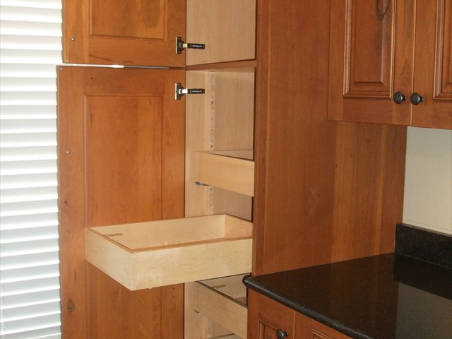 AD Cabinetry -  Kitchen - Pull Out Upper Cabinets