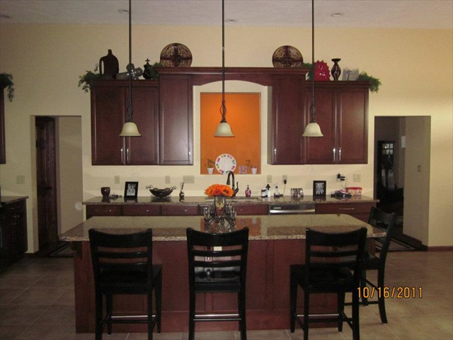 AD Cabinetry -  Kitchen - Small Kitchen