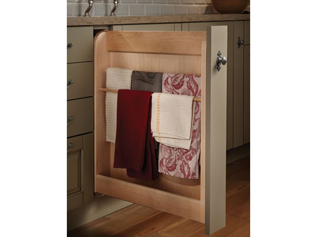 pull-out-towel-cabinet